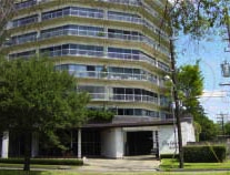 Executive House houston high rise