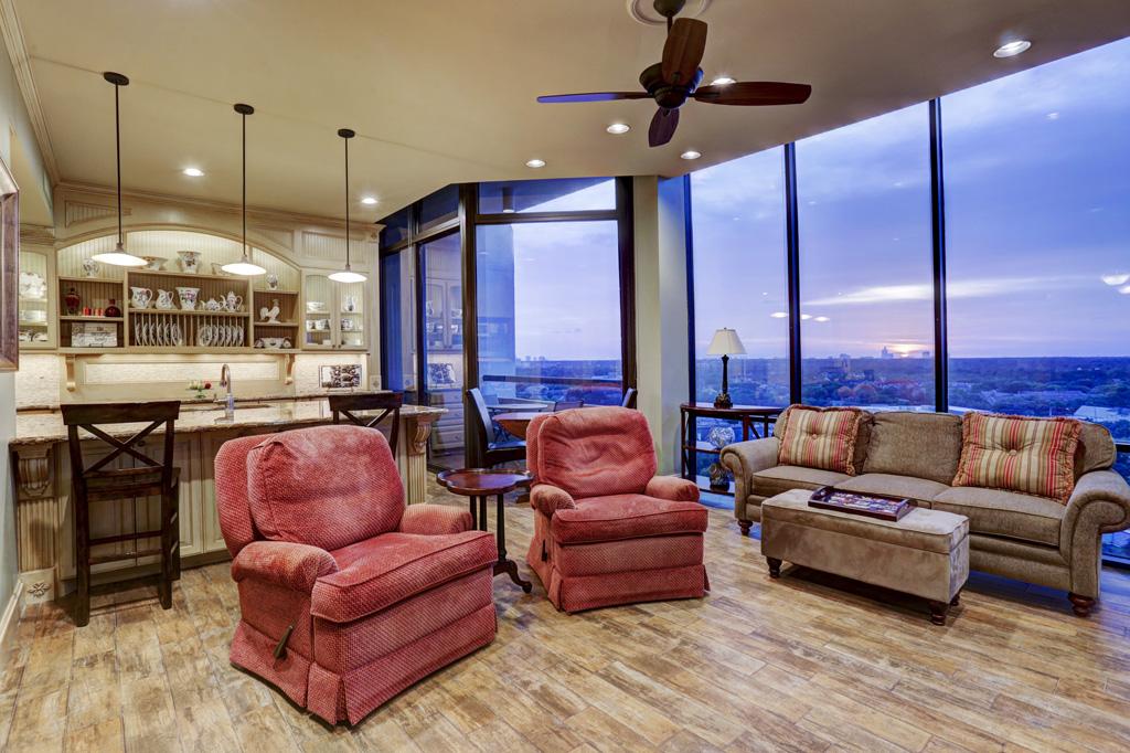 Houston condo bedroom