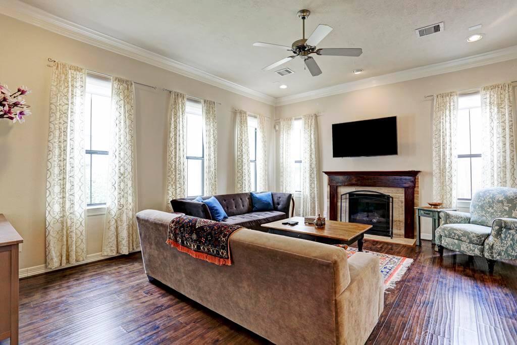 11626 Royal Oaks Vw Houston