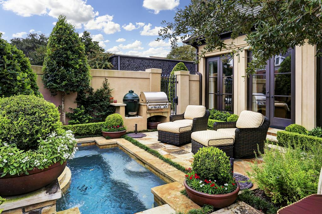 2020 Update: Patio Homes For Sale In Houston TX ... on House Backyard Deck id=90388