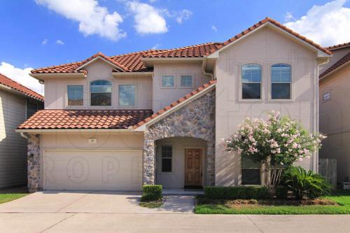 Spring Branch Houston Homes Neighborhood Real Estate Guide