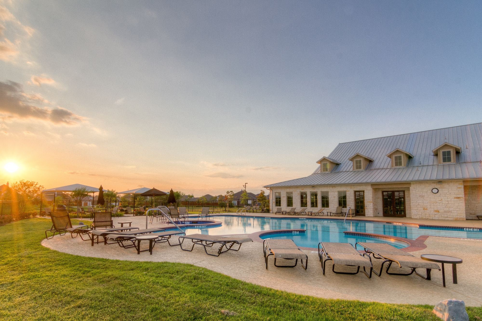 The Heritage at Towne Lake Amenities